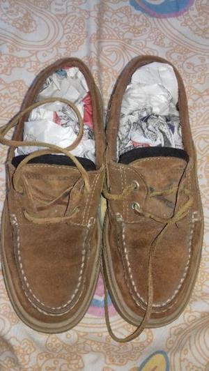 Vendo-permuto Zapatos Mocasin de Gamuza Jhon L. Cook Nº 36