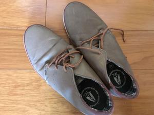 Zapatos hush puppies 42