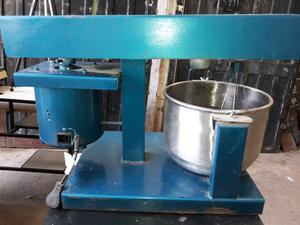 Batidora industrial de mesa
