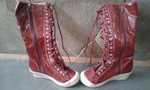 Botas Rojas Plastificadas