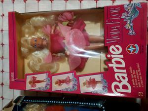 Muñeca Barbie de colección en caja