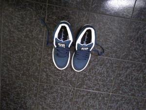 Vendo zapatillas nuevas talle 42