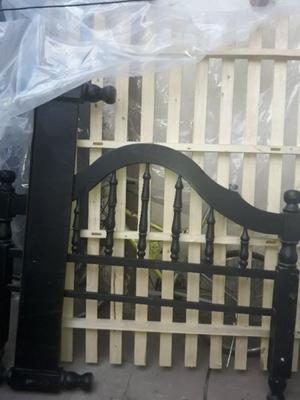 Vendo cama 2 plazas madera negra excelente estado