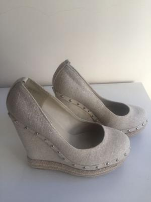 Zapatos hermosos (sin uso)