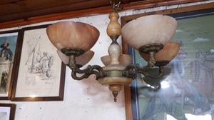 Araña de bronce y alabastro antigua