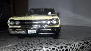 Chevrolet Malibu Ss  Escala 1/24 Maisto