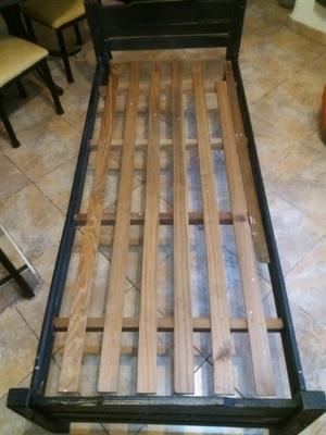 Cama de pino 1 plaza + colchón de gomaespuma