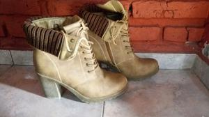 Botas talle 40 impecable