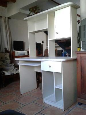 Mueble escritorio para pc y biblioteca