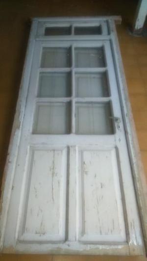 Puerta Antigua de madera (cedro) con banderola y marco -