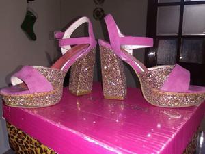 Sandalias de fiesta. un solo uso