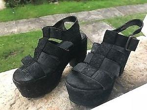 Sandalias negras gamuza/cuero n°36