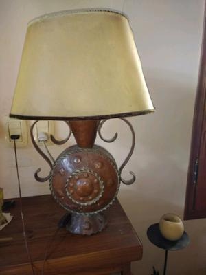 Antigua lámpara de cobre