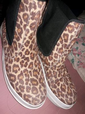 Botas muy lindas