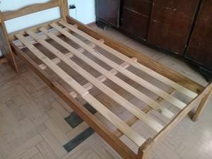 Dos camas de 1 1/2 de madera