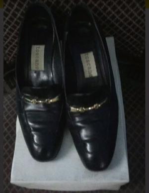 Zapatos de cuero con taco numero 38