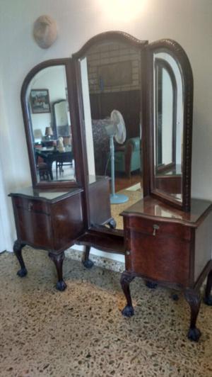 Antiguo mueble con espejo tríptico biselado impecable