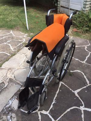 Silla de ruedas aluminio nueva casi sin uso
