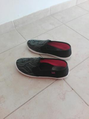 Zapatillas de lona número 36 un uso