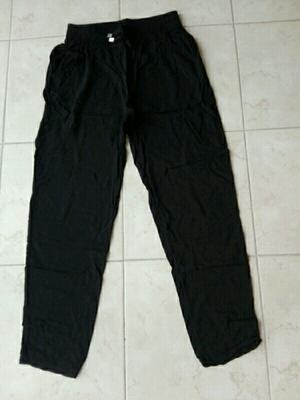 Pantalón/ monito de fibrana talle 1 un uso