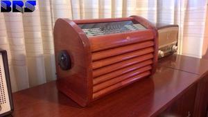 Vendo radio antigua a valvulas Franklin restaurada