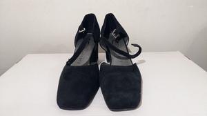 Zapatos De Gamuza, Talle 37, Taco Medio, En Buen Estado