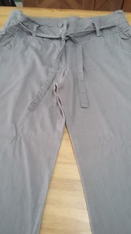 """Pantalón de vestir VER talle L con lazo verde"" T: 44"