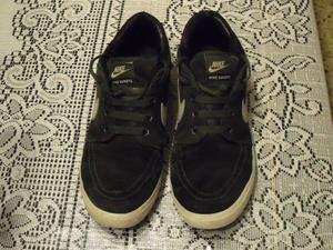 Zapatillas Nike - Modelo Suketo – Nro. 41