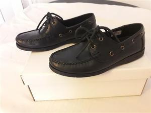 Vendo zapatos Briganti de cuero talle 38