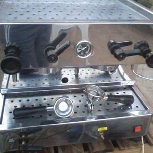 Maquina de cafe espres dos canilla