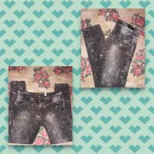 Jeans nevado marca inquieta