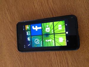 teléfono celular liberado Nokia Lumia g