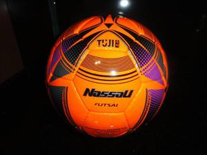 Pelota de futsal nassau tuji y new taegeuk nº 4 futbol sala 14ea6324a4730
