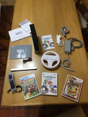 Wii Con 2 Jostick + Nunchuk + Volante + 3 Juegos