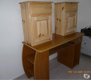 vendo 2 mesas de luz y 1 escritorio todo a mil pesos