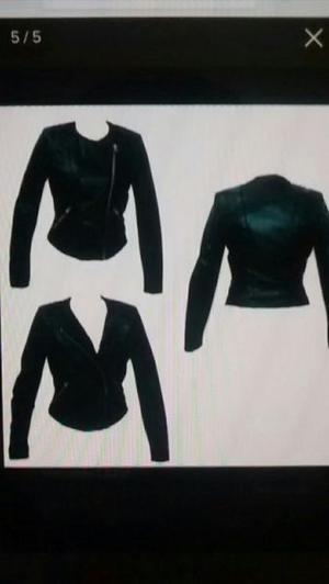 Campera de cuero negra marca Zara