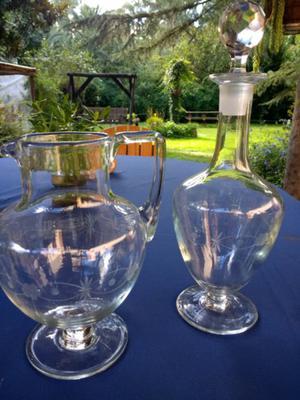 Juego de botellon y jarra de cristal