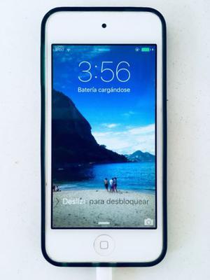 iPod 5. 32 GB con funda y cargador