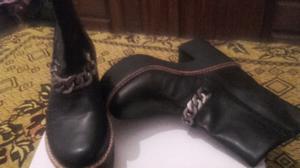 Botas negras divinas nuevas sólo un uso talle 38 super
