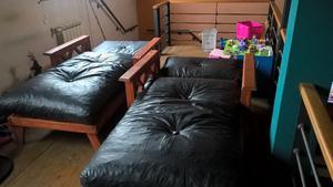 Dos sillones cama una plaza