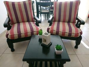 Juego de sillones individuales con mesa ratona