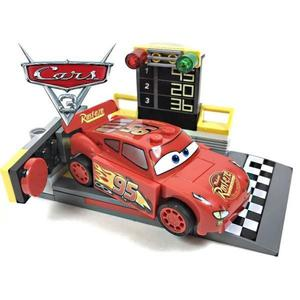 LEGO JUNIORS CARS RAYO MC QUEEN CON SEMAFORO DE LARGADA