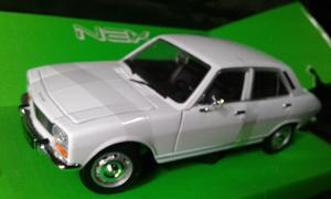 Peugeot 504 mod 75 welly 1:24 nuevo