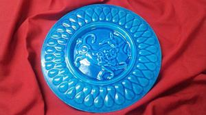 Plato para colgar de cerámica.