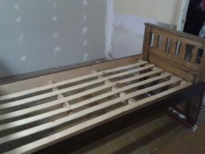 Vendo cama de pino