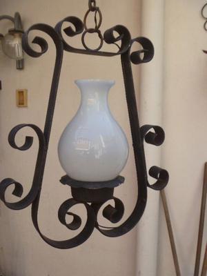LAMPARA DE HIERRO MACIZA -1 TULIPA-(Incluida)