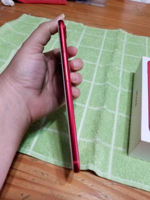 vendo iPhone 7 plus de 128 GB rojo liberado de fábrica e