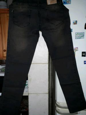 Jeans elastizado marrón oscuro