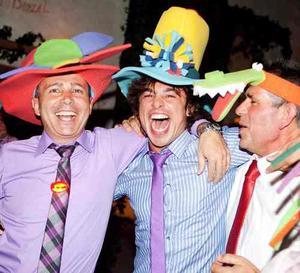 Disc Jockey, Dj Para Fiesta, Sonido E Iluminación - Sulkra
