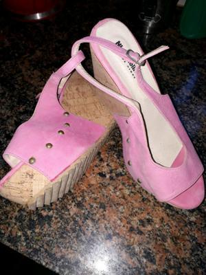 Sandalias de gamuza sin uso